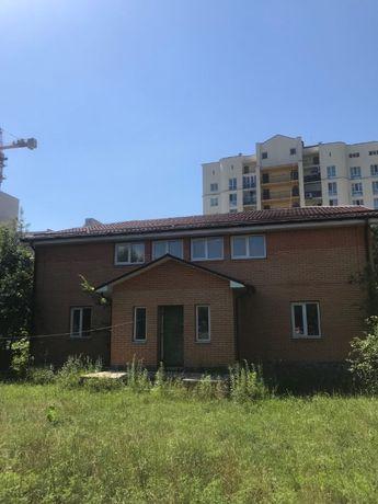 Продам дом 325 кв. м. 150000$