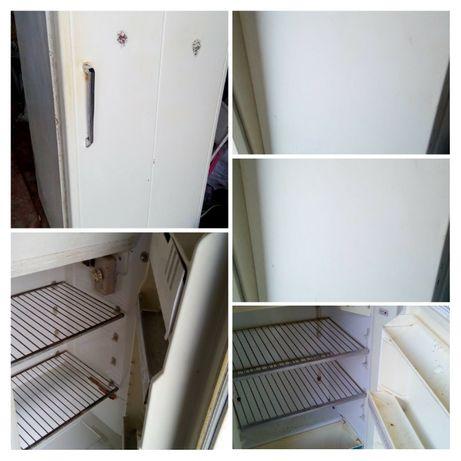 Срочно!,продам 2 холодильника Днепр