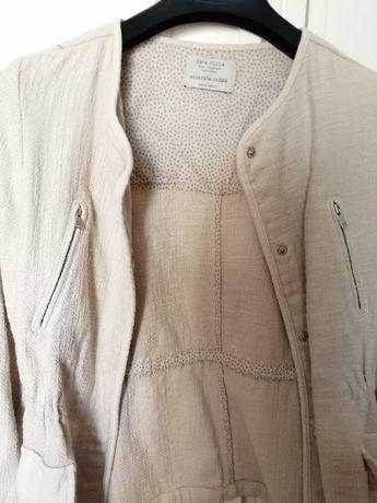 Casaco Zara beje/cru em tecido alinhado (oportunidade)