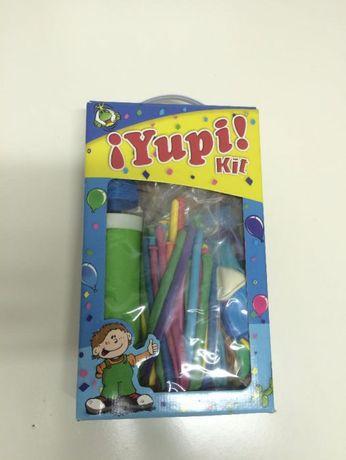 ''Yupi Kit'' - acessórios para festas