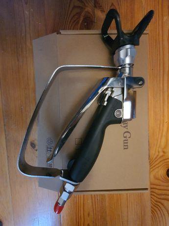 Pistolet malarski gładzi  agregat hydrodynamiczny liniowy