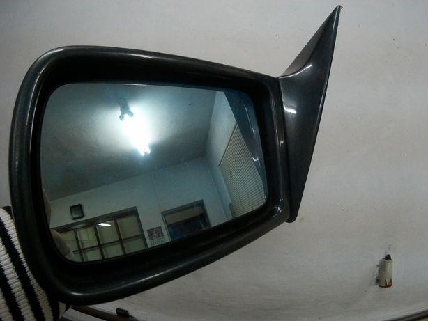 """Зеркало левая сторона """"Мерседес-140"""" не ристайлинг состояние отличное."""