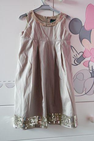 elegancka sukienka pięknie błyszcząca 5-6 lat