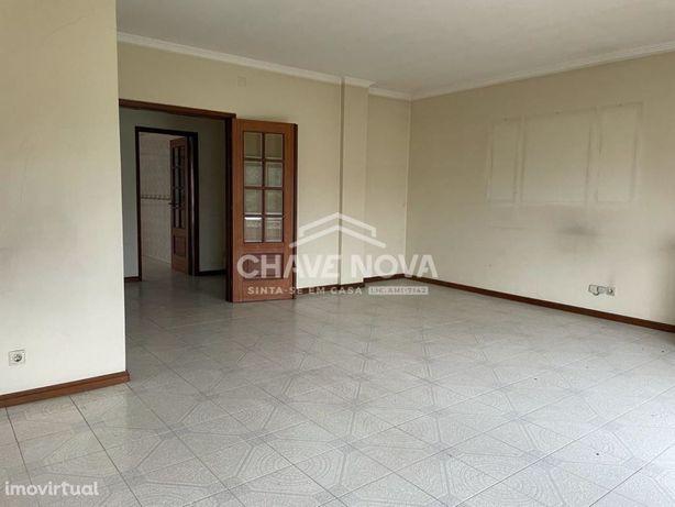Apartamento T4 duplex em Oliveira de Azemeis