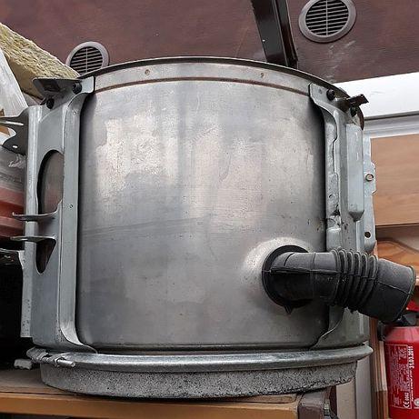 Sprzedam zbiornik kpl z grzałką i przeciwwagą do pralki Bosch WFA 2070