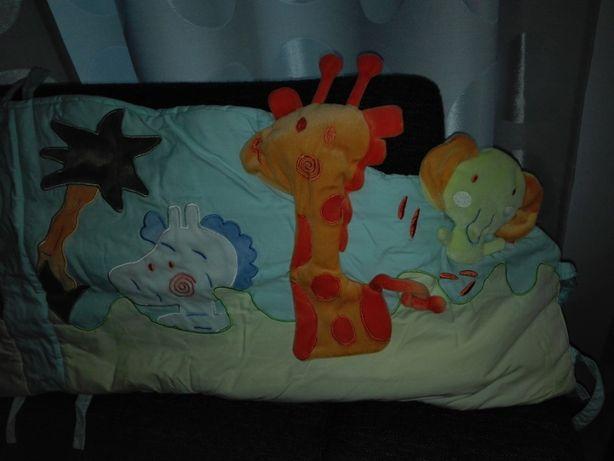 Cabeçeira de cama de bebé (reguardo) e saco de dormir