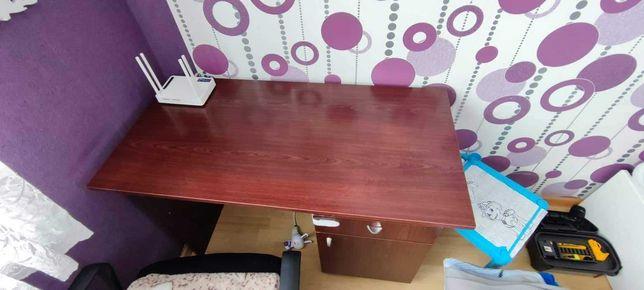 Biurko dla dziecka lub dorosłego