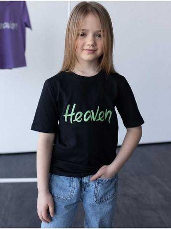 Детская футболка с принтом в разных цветах