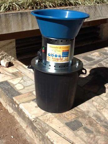 Moinho triturador cereais Ager 550 Motor blindado duplo condensador