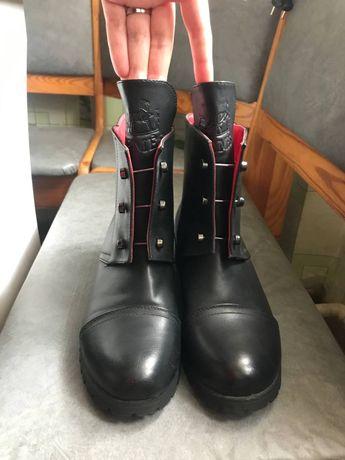Ботинки б.у. черные