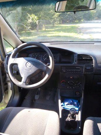 Opel Zafira 1.6,2002 год