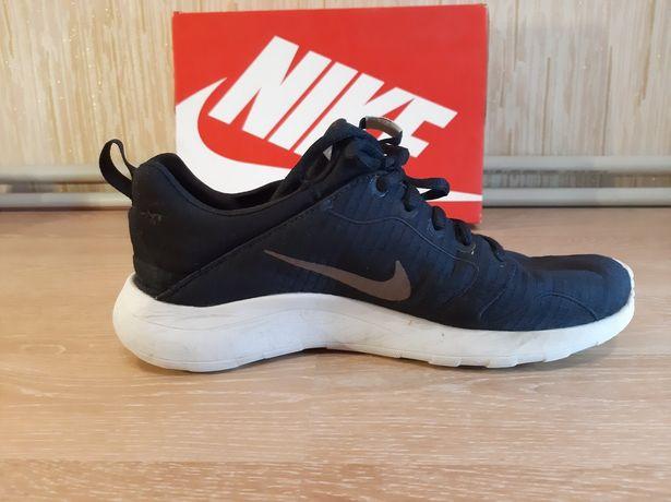 Кроссовки Nike подростковые мужские