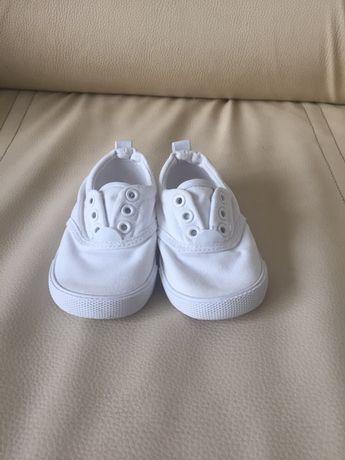 Buty buciki tenisówki letnie białe slip on H&M r 22/ 13-13,5cm