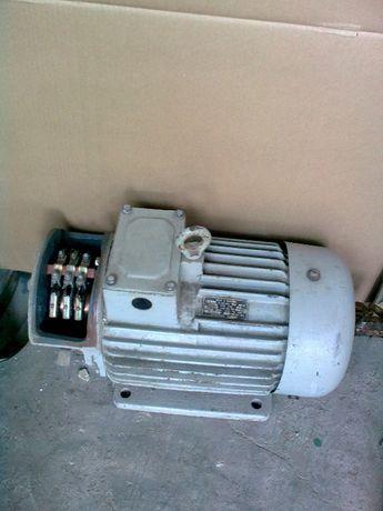 крановый двигатель асинхронный МТЕ 112-6, СССР