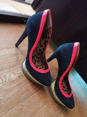Продам качественную обувь