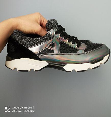 Sneakersy damskie Apia 38