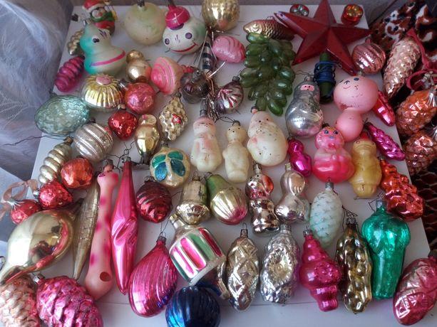 Новогодние игрушки