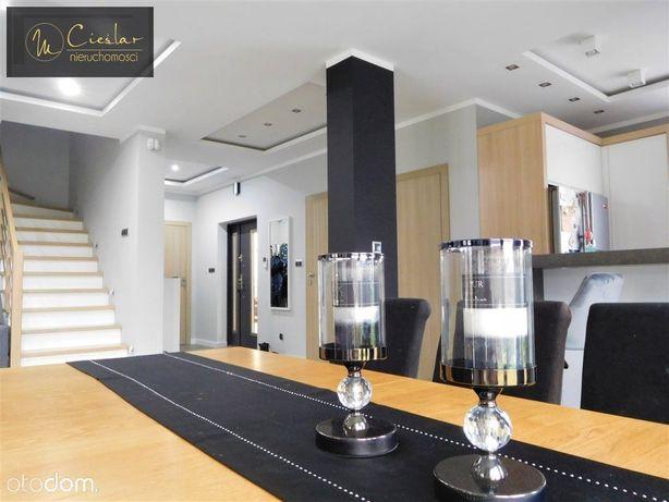 Dom, 220 m², Niwy