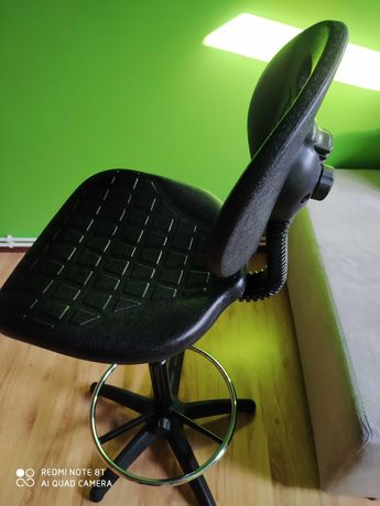 Krzeslo warsztatowe, laboratoryjne