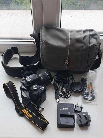 Nikon D3200 + объектив AF-S DX NIKKOR 18-55mm f/3.5-5.6G VR II + сумка