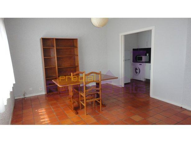 Apartamento T1 - próximo ao Pólo I da Universidade de Coi...