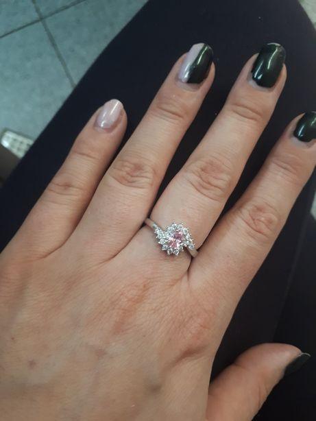 Srebrny 925 pierścionek różowy cyrkonie jak nowy