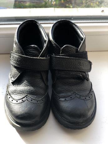 Чобітки,черевики