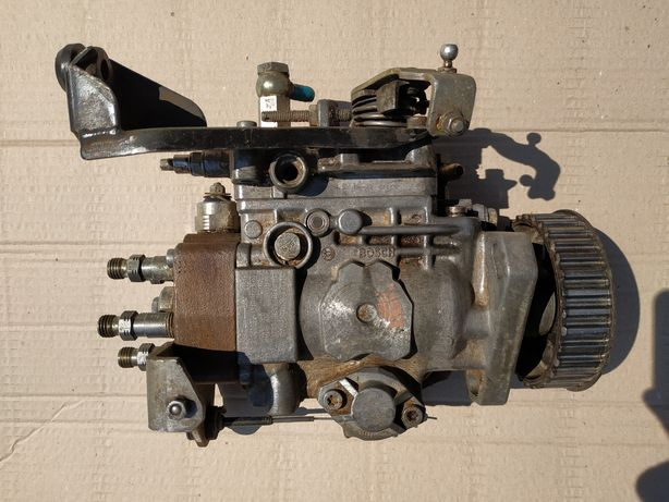 ТНВД Топлевный насос высокого давления 2.4D VW T-4 Транспортер