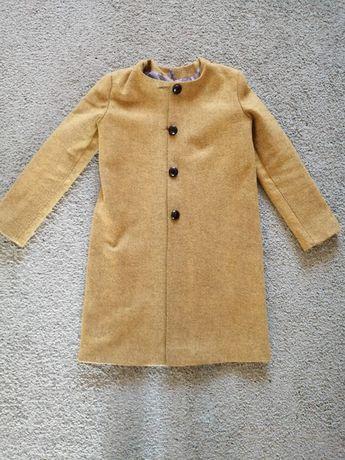 Пальто весеннее на девочку 12 - 14лет