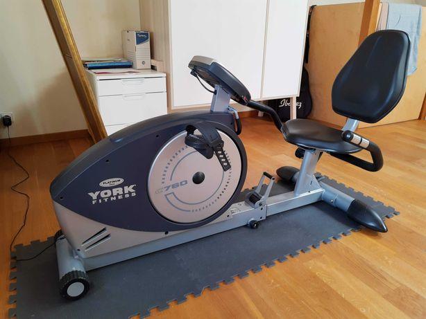 Rower stacjonarny poziomy YorkC670