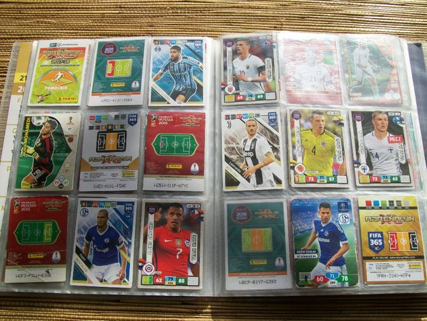 Karty z piłkarzami.385 szt.z albumami.