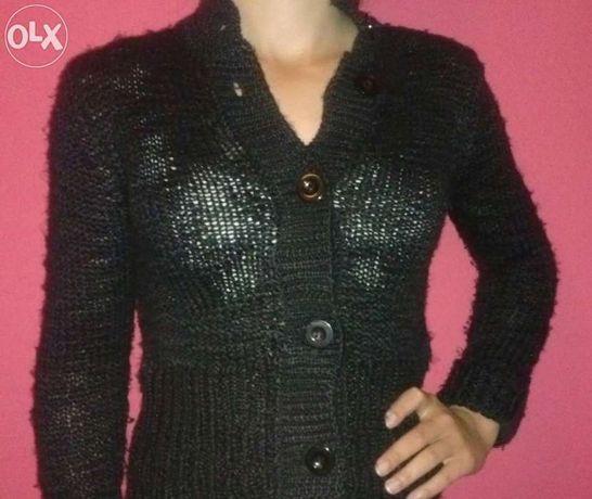 Czarny sweter akrylowy r. S, 11/13 lat