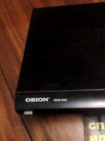 проигрыватель ДВД ОРИОН 834 с дисками и видеокассетами