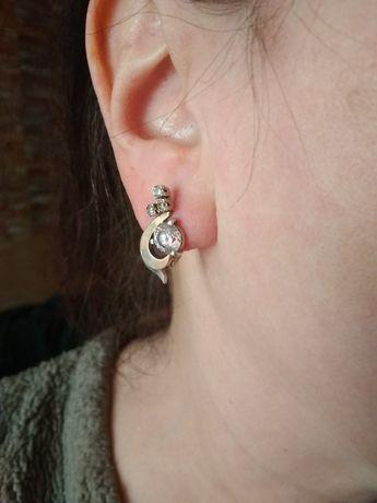 Серебряные серьги с позолотой и цирконием.