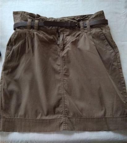 Sportowa krótka spódnica Camaieu
