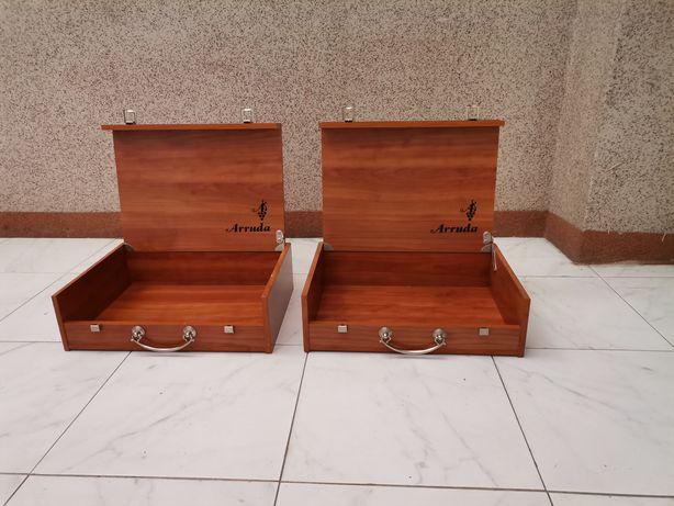 2 caixas de madeira, praticamente novas, muito bonitas.