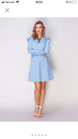 Блакитна сукня, M