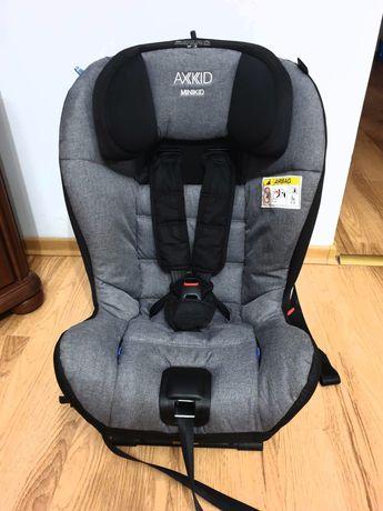 Axkid Minikid fotelik samochodowy RWF 9-25 kg na gwarancji + gratisy