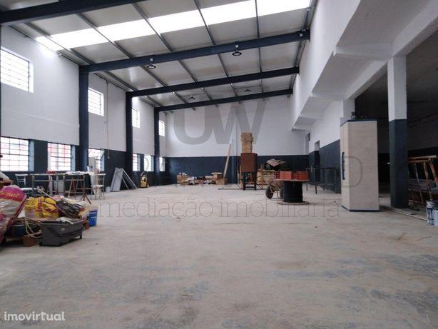 Armazém Industrial, 500 m2, Póvoa da galega/Venda do Pinh...