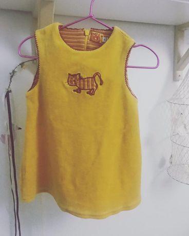 2 Vestidos bebé 12M