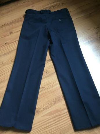 Классические брюки для мальчика 10-11 лет
