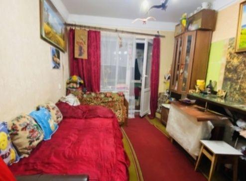 Продам двухкомнатную квартиру в центре города Броваров