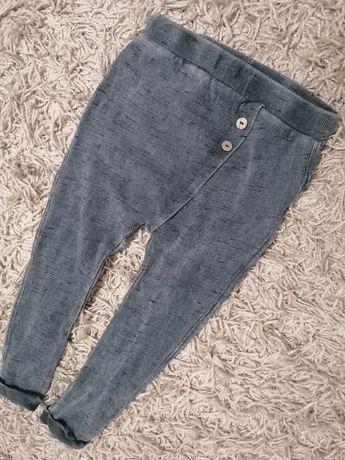 Nowe spodnie Zara, legi rozmiar 104