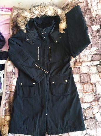 Куртка весняна черная женская весенняя