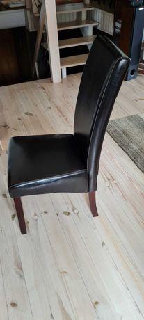 Krzesło skórzane .