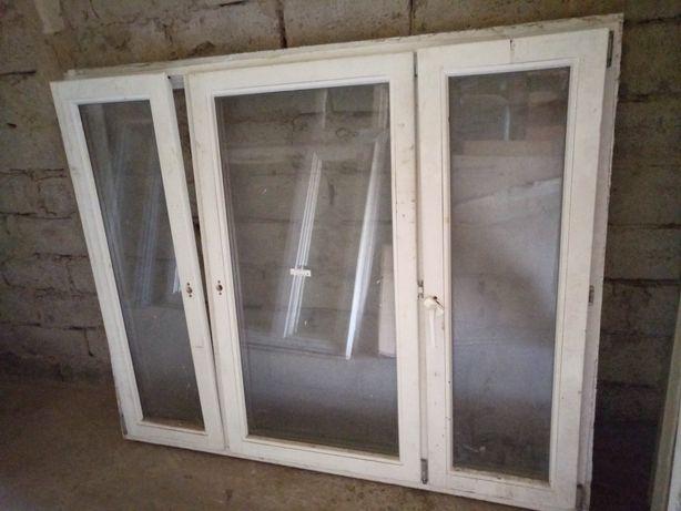 Продам окна б/у деревянные, пластиковые стеклопакеты ; на балкон