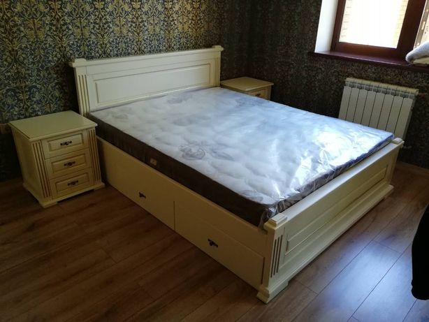 Кровать с ящиками. Двуспальная деревянная кровать. 4 шухляды и 2 фасад