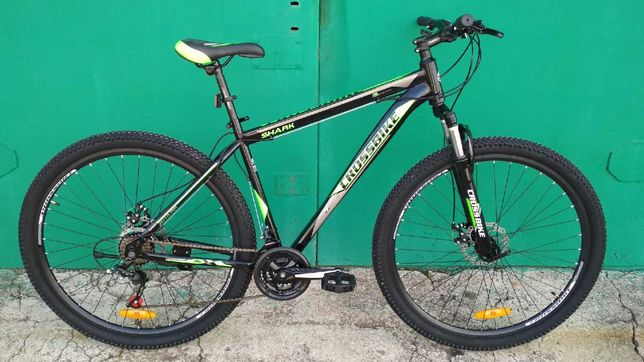 Новый горный велосипед со скоростями