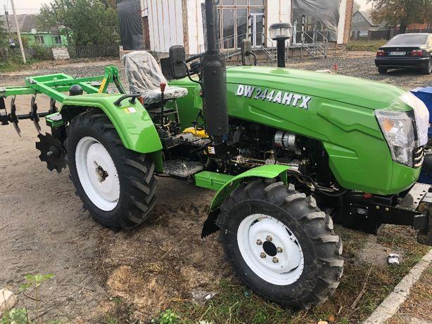 Трактор DW244AHTXD
