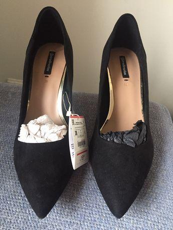 Sapatos Stradivarius NOVOS 38 e 39